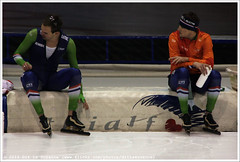 Wouter Olde Heuvel and Sven Kramer, after the 1500 Meters Men (Dit is Suzanne) Tags: netherlands nederland heerenveen speedskating thialf views200 eisschnelllauf svenkramer img6359  canoneos40d wouteroldeheuvel langebaanschaatsen sigma18250mm13563hsm   ditissuzanne 1500metersmen 14122014 isuworldcup20142015 isuworldcupheerenveendecember12142014 1500men   svenskramers