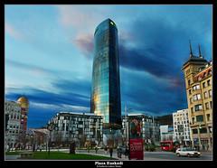 Plaza Euskadi (wuploteg1) Tags: plaza tower design spain torre country carlos bilbao cesar bizkaia basque vasco euskadi vizcaya bilbo pais csar nervin nervion iberdrola biscay pas pelli abandoibarra nerbioi nerbion euskalherriaferrater