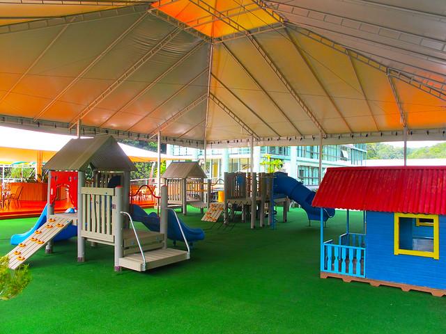 Playground e espaço infantil