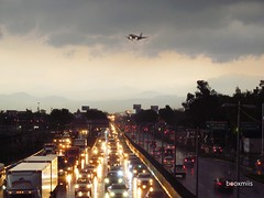 Boulevard Puerto Areo (booxmiis) Tags: city cars mxico mexico avenida mexicocity df boulevard traffic transport ciudad avenue transporte ciudaddemxico booxmiis boulevardpuertoareo