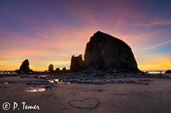 Heart (Sol y Luz (aka love_2_see_the_world)) Tags: winter sunset sun beach oregon coast sand heart northwest or pacificnorthwest sunburst oregoncoast tidepools pacificcoast seastacks