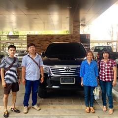 ยินดีต้อนรับ...สู่ครอบครัวโตโยต้า #TOYOTA เติมความสุข ทุกสัมผัส การส่งมอบรถยนต์ใหม่ #HILUX #VIGO #CHAMP #SMART #CAB 2.5E 4X4 #MT ผู้ครอบครอง คุณจิรายุ เทพจันทร์ ขอบคุณ...ในความไว้วางใจ ** โปรดตรวจสอบราคา / โปรโมชั่น LINE User ID akkarawat_u | โทรศัพท์ 081