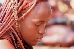 360A4608 (toile du matin) Tags: femme regard himba jeune namibie