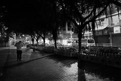 L1010070 (Hoichen) Tags: leica night hongkong blackwhite 28mm snapshot snap jordan summilux asph yaumatei f17 leicaq typ116