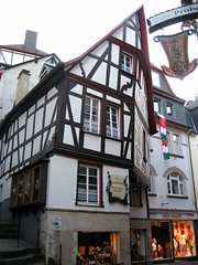 Cochem (quirkyjazz) Tags: summer house building architecture germany outdoor halftimbered moselleriver