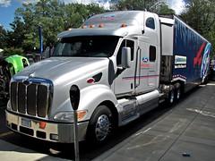 Peterbilt 387 (TrueWolverine87) Tags: truck semi trailer semitruck peterbilt tractortrailer hauler peterbilt387