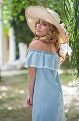 Cabellos de oro (josejuanpantoja) Tags: blue portrait cute girl beauty nikon pretty young sensual pamela guapa greeen goldhair