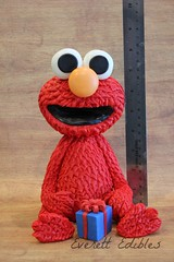 Elmo Cake Topper Decoration Edible Art Sesame Street (Everett Edibles) Tags: elmo birthdaycake sesamestreet caketopper fondant elmocake kidsbirthday cakeart fondantfigure