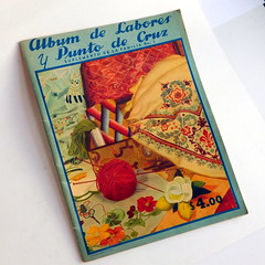 Vintage 1950s - 1960s Mexican Cross Stitch Pattern Book - Flowers, Borders, Animals (karalennox) Tags: vintage book crossstitch embroidery kitsch mexican needlepoint etsy midcentury patternbook