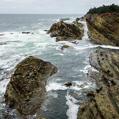 Oregon Coastline (luke.me.up) Tags: oregon oregoncoast rocks beach ocean waves nikon d810 landscape