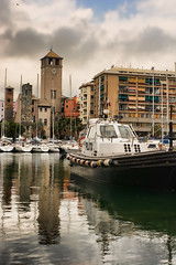 Savona (Turm 2) Tags: savona porto barca riflessi cielo nuvole darsena brandale torri
