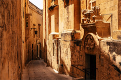 Way back in time (zilverbat.) Tags: old city heritage architecture buildings island ancient time postcard visit malta arabic narrow mdina citytrip unescoheritage thesilentcity zilverbat