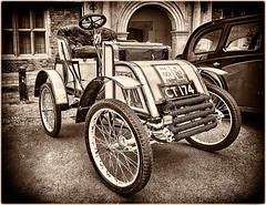 Pick 1901 4 hp Two-seater Voiturette (bainebiker) Tags: pick19014hptwoseatervoitu hdr classiccar oldtimer vintage transport monochrome bourne lincolnshire uk canonef24mmf14liiusm