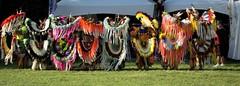 Pow Wow International de Wendake - 25 juin 2016 - Souvenirs (eburriel) Tags: native huron wendake 2016 nikon d610 exterior extrieur cercle circle danse dancers dance color summer powwow qubec canada nation proud fier homme femme woman women ma men grass herbe