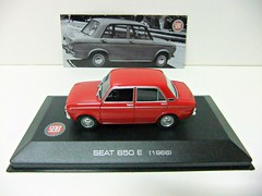 SEAT 850 E (1966) - ALTAYA (RMJ68) Tags: seat 850 e fiat ixo altaya diecast coches cars juguete toy 143