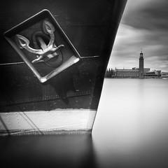 8477 (Peter Levi) Tags: longexposure blackandwhite bw blancoynegro ship sweden stockholm cityhall le anchor stadshuset ankare blackwhitephotos