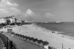 Eastbourne02_20160608 (Animalcito) Tags: delta 11 eastbourne 100 ricoh xtol rikenon kr10x 3570mm3445