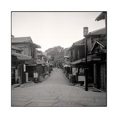 alone  kyoto, kansai  2015 (lem's) Tags: street old man japan rolleiflex kyoto alone district pedestrian rue kansai japon vieux homme seul planar passant quartier