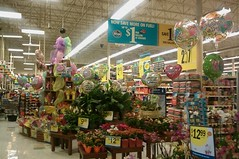 Mother's Day is soon (l_dawg2000) Tags: mississippi supermarket ms grocerystore grocery kroger hernando 2000s milleniumkroger