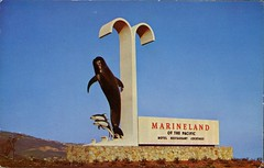 Entrance Sign, Marineland of the Pacific, Rancho Palos Verdes CA (SwellMap) Tags: road signs monument public sign vintage advertising design 60s highway gate arch fifties message postcard suburbia entrance style kitsch retro billboard route nostalgia chrome freeway gateway billboards americana 50s lettering welcome roadside populuxe sixties babyboomer consumer coldwar midcentury spaceage atomicage archwaypc