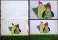 Pano de prato em patchwork! (Cantinho do Patch by Talissa) Tags: patchwork galinhas panodeprato