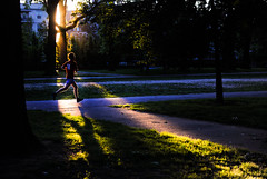 Chasing the Sun at Meridian Hill Park. (Craig Hudson Photography) Tags: sunset shadow usa sun washingtondc dc washington spring districtofcolumbia nw extras jogger lightbeams dcmetro eastcoast dcmetroarea meridianhill nwdc craighudson parkrunner