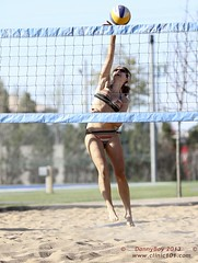 IMG_5221-001 (Danny VB) Tags: park summer canada beach sports sport ball sand shot quebec boulogne action plateau montreal ballon sable competition playa player beachvolleyball tournament wilson volleyball athletes players milton vole athlete circuit plage parc volley 514 bois volleybal ete boisdeboulogne excellence volei mikasa voley pallavolo joueur voleyball sportif voleibol sportive celtique joueuse bdb tournois voleiboll volleybol volleyboll voleybol lentopallo siatkowka vollei cqe voleyboll palavolo montreal514 cqj volleibol volleiboll plageceltique