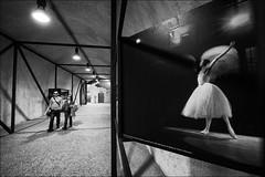 aspettando il Festival (2) (andaradagio) Tags: bw italy canon teatro italia danza spoleto bianconero umbria sigma1020 festivaldeiduemondi flickraward carlafracci flickraward5 flickrawardgallery andaradagio nadiadagaro