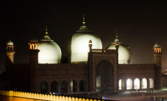 The Badshahi Mosque (Ibrahim.Sayed) Tags: old pakistan gardens architecture night buildings dark ancient nikon fort den mosque symmetry era 1855 nikkor lahore subcontinent mughal badshahi 55200 mughals cuckoos cucoos d5100