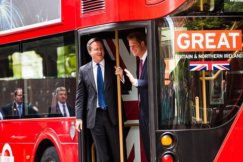 David Cameron on holiday - بقلم\ رياض القاضي