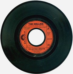 43 - Hollies, The -  The Air That I Breathe - D - 1974- (Affendaddy) Tags: germany 1974 polydor theairthatibreathe thehollies vinylsingles collectionklaushiltscher 1960sbeatandpop nomoreriders 2058435