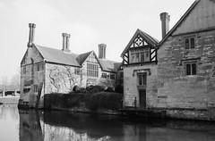 Baddesley Clinton House, Warwickshire, February 2013. (Cross Duck) Tags: blackandwhite monochrome ilfordhp5 olympusom10 ilfordfilm olympuszuiko olympuslens baddesleyclintonhouse canoscan8800f