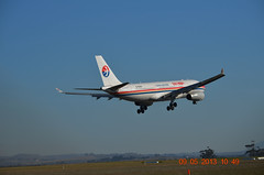 China Eastern A330-200 B-6545 (2) Melbourne Tullamarine 09 May 2013 (denmac25) Tags: melbourne airbus a330 tullamarine