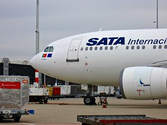Nice visitors at EHAM : SATA International Airbus 310 (CS-TGV) at Schiphol due to Europe League final Benfica - Chelsea (PictureJohn64) Tags: travel amsterdam plane flying airport nikon flickr traffic aircraft aviation air transport flight sigma aeroplane transportation airline pax spl machines flughafen avio airlines flugzeug avin aeropuerto aereo airliner avion aviones aerodrome vliegtuig reizen vliegveld planespotting aviacion avies aeronautical spotter aerodynamics flyet compagniesariennes lineaarea d5100 flyselskab picturejohn64 amantesdaaviao