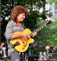 Pat Metheny, Pat Metheny Unity Band with Chris Potter, Antonio Sanchez & Ben Williams, 2012 Detroit Jazz Festival (jackman on jazz) Tags: music guitar jazz gitara jazzfestival guitare patmetheny jazzconcert detroitjazzfestival detroitinternationaljazzfestival d7000 nikond7000 unityband jackmanonjazz alanjackman patmethenyunityband