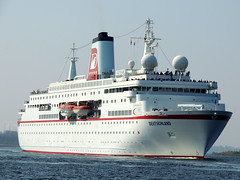 DEUTSCHLAND (Dutch shipspotter) Tags: cruiseships passengerships