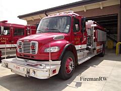 Sealy, TX FD 605 (FiremanRW) Tags: firetruck pierce tender tanker contender freightliner