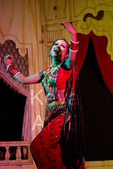 Lavani dance (keyaart) Tags: india men women dancers folk mumbai lavani