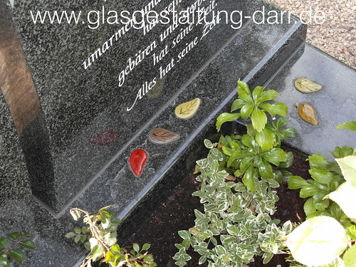 "Grabstein / Gravestone II • <a style=""font-size:0.8em;"" href=""http://www.flickr.com/photos/65488422@N04/11612831964/"" target=""_blank"">View on Flickr</a>"