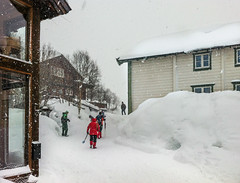 lrdag, 2 hold gster samtidig (outdoorstudio) Tags: winter snow mountains norway landscape norge vinter skiing skandinavien scandinavia skiferie sne hemsedal fjeld landskab 2014 fjelde tuv pski fausko uge8 rubyrejser fauskoskysstasjon