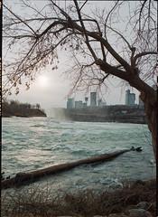 Niagara2.jpg (DzmitryParul) Tags: usa ny color film niagarafalls kodak negative 6x9 portra800 homedeveloped unicolor fujigsw690 c41kit