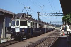 1982-04, GBS/BN//BLS, Gasel (Fototak) Tags: train switzerland eisenbahn railway bn bls treno 737 gbs blauerpfeil flèchebleue