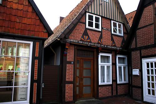 "In Soltau 2015 Bürgermeisterhaus • <a style=""font-size:0.8em;"" href=""http://www.flickr.com/photos/69570948@N04/16256880787/"" target=""_blank"">Auf Flickr ansehen</a>"