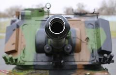 vue de face du canon de 155mm (Model-Miniature / Military-Photo-Report) Tags: self canon french 1 photo gun military report mm ra auf amx 155 propelled howitzer 155mm auf1 régiment automoteur modelminiature dartillerie 40ème suippes amxauf1