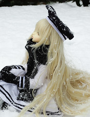 White Hill. (Dave/Skrmsli) Tags: white snow black glass outfit eyes doll long coldplay 14 hill violet blond wig dk bjd sailor yolanda msd trude dika leeke dikadoll dkdoll 99brokendolls