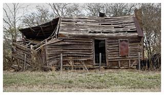 Abandoned Farmhouse (Explored)