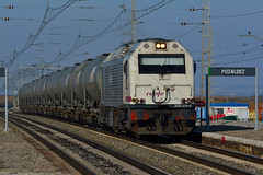 333-313-5 Bioetanol MUR-BAB Pozaldez (5) jcs (ppcharly) Tags: diesel prima locomotora renfe mercante zacs cisternas mercancías vossloh bioetanol pozaldez