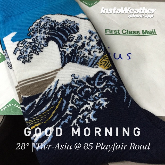 Cassius gave me a #japanese #wave #tsunami #socks #gift #instaweather #instaweatherpro #weather #wx #macpherson #singapore #day #sg