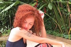 IMG_8115 (Karol Arruda Fotografia) Tags: red flores green nature smile tattoo hair ensaio photo natureza mulher flor felicidade curly there hippie beleza sorriso arvore menina ruiva vibration tatuagem tattos ruivos cachos ruivas sardas florwer goodvibe lottus