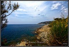 Saint Jean-cap-Ferrat (armandbrignoli) Tags: paysage landscape mer sea ciel sky nuage cloud rocher rock canon 5d2